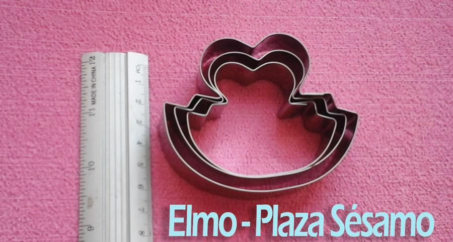 Molde en acero Elmo para galletas y decoración de pastillaje utensilio