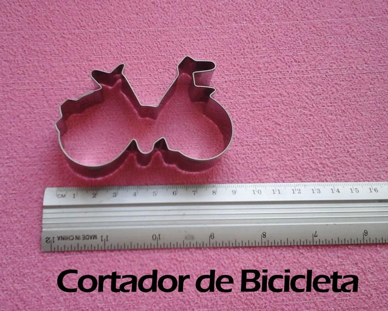 Cortador de galletas bicicleta y decoración de fondant